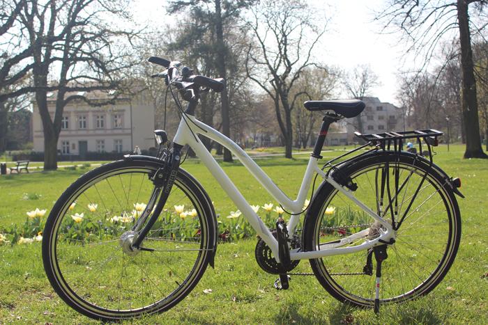 Los geht's mit dem neuen Trekkingrad: Start im Bernauer Stadtpark