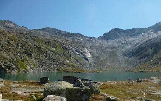 Wildgerlossee an der Zittauer Hütte: Ein Spaziergang am Ufer lohnt sich