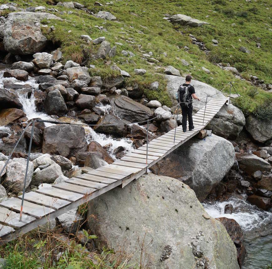 Brücke Wanderung Kasseler Hütte