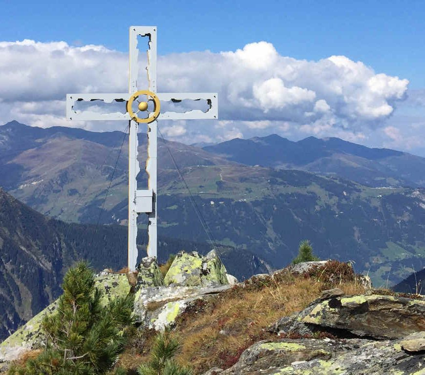Gipfelkreuz des Gaulkopfs im Zillertal