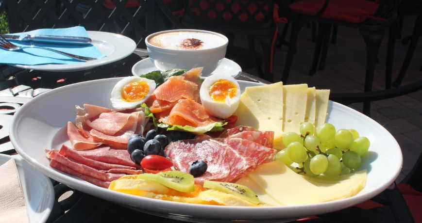 Frühstück Alwine Landhaus