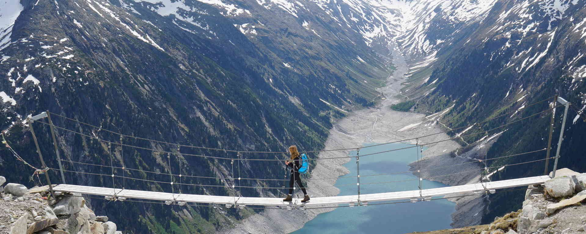 Hängebrücke an der Olperer Hütte im Zillertal