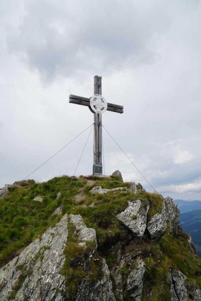 Gipfelkreuz des Marchkopfs im Zillertal