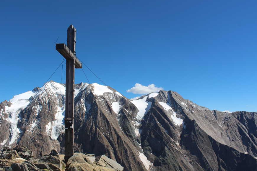 Rotbachlspitze Gipfelkreuz Zillertal