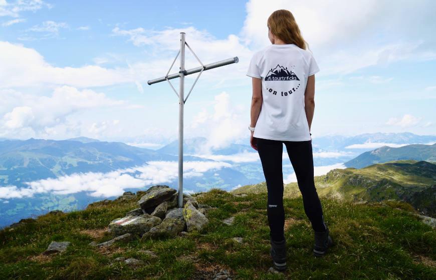 Das alte Gipfelkreuz des Rifflerkogels bis zum 27.06.2020